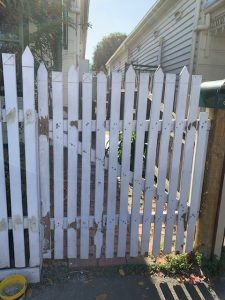 Fence Painying Abbotsford